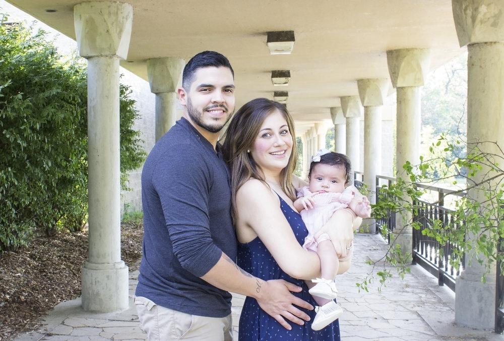 Sandoval Family_25.jpg
