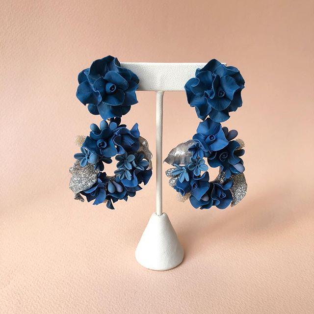 Blue hues combination custom made bridesmaid earrings 💕