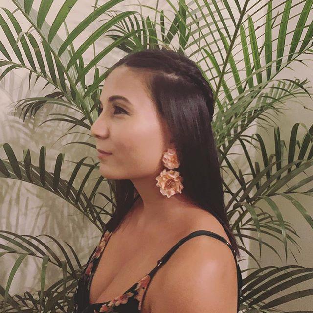Custom made earrings 🌸