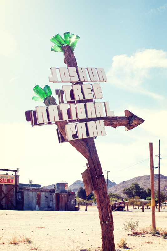 joshua tree street sign