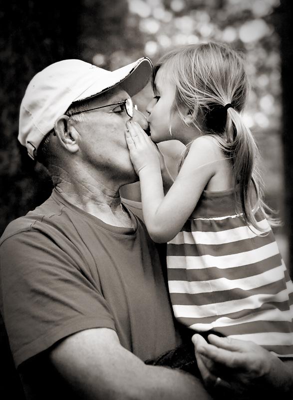 125-grandpa-kisses