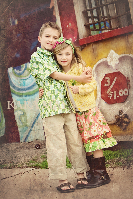 bloggo-tyler-brielle-hug-vintage