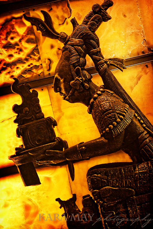 web-mex-myan-statue