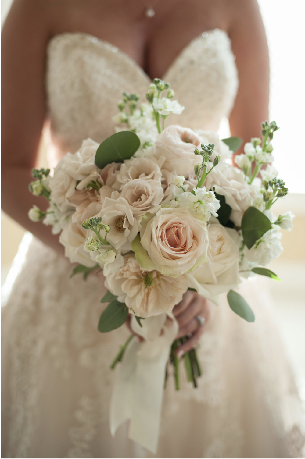 wedding flowers roses bouquets events in bloom 9637