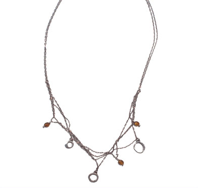 Giraffe_charm_necklace_lg.jpg