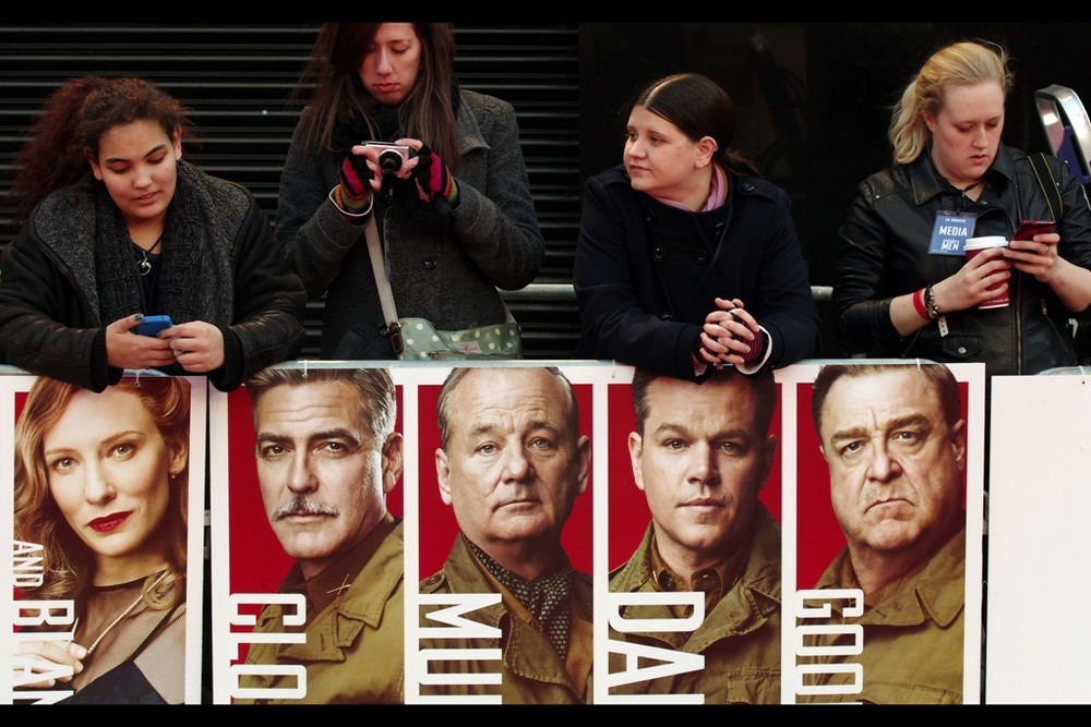 Of these guys on the poster, only Cate Blanchett didn't show up. And John Goodman was more cheerful. And Clooney didn't have a moustache. Plus the other poster featured Jean Dujardin, Hugh Bonneville.