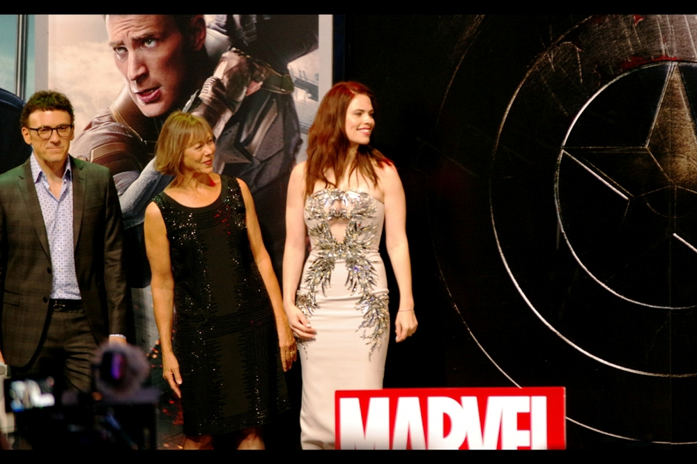 Jeny Agutter (next to Hayley Atwell) was one of the shadowy figures on vertical widescreen monitors in The Avengers. Interesting to see if she's got a bigger role in Cap2. Like... maybe they switched the monitors to the more usual horizontal widescreen. Because really? Who broadcasts in vertical panorama?