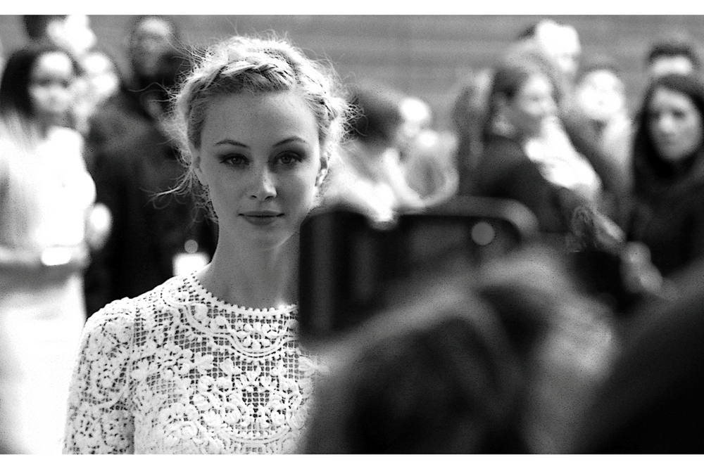 Way back in time at the BFI London Film Fetival in 2011 (12?) the lovely Sarah Gadon showed up for the premiere of  Antiviral  and I was very saddened, nay disgusted to see she turned up in what looked like an Adidas tracksuit. Now, years later... she makes an effort and here I am, wearing a grey Lonsdale hoodie to her premiere. If we're ever going to make a meaningful connection when we're both looking our best, I'm going to have to look out to 2018 or 2019... but I'm not sure I can commit that far ahead.