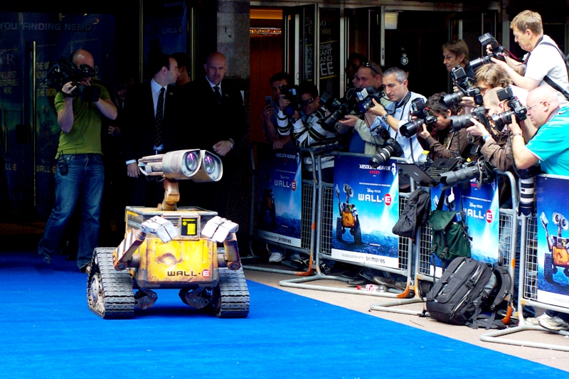 "We get underway, and an ACTUAL Wall-E rolls out onto the carpet. It was a particularly impressive, well-articulated remote controlled device. Either that, or the US military just raised its head and went _""Hmmmmm.....""_"