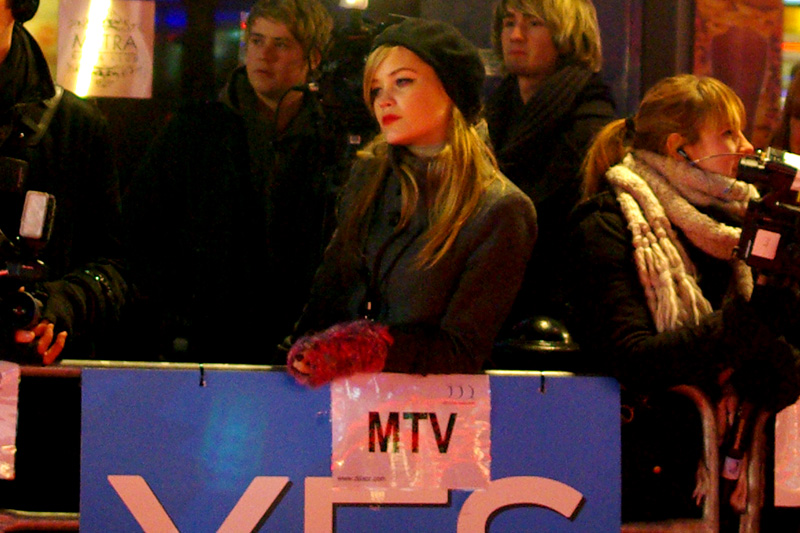 Cute reporter working for MTV. (In the absence of anything else to photograph....)
