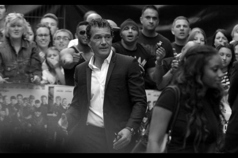 Meanwhile, in frankly astounding news, I've managed to photograph Antonio Banderas. Mostly not-blurry. I'll take it.