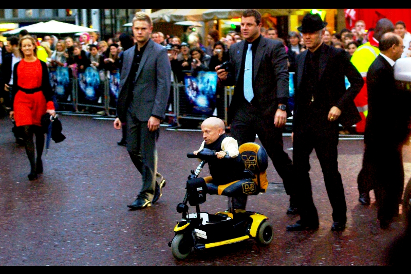 Verne Troyer arrives, looking upbeat and dapper (yesterday I snapped him outside Radio1 and he was looking cool as well!)
