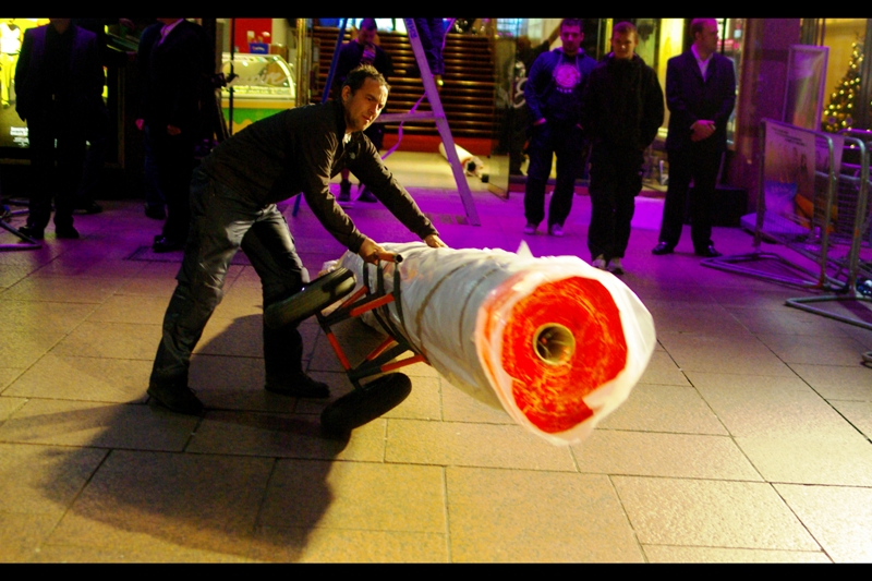 Contrary to a belief surely few people have, Red carpets aren't actually dragged fully unfurled through the streets of London and into Leicester Square…. They're actually transported in rolled-up form. (Handy!)