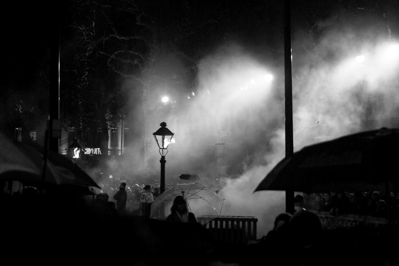 .... and smoke machines. Which... well... make it hard to see anything, which is hardly crowd friendly but hey, the wind was blowing the other way and it did look very atmospheric.