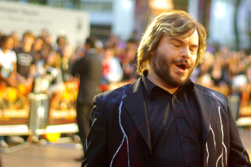 Jack Black isn't singing the greatest song in the world (it's just a tribute) at the  'Tropic Thunder' premiere