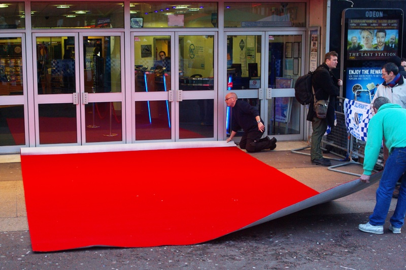The carpet was dumped by the entrance with 'care'.... so I guess this qualifies it as a premiere, even if Yellow Cap Guy is (sadly) not in attendance for my final London premiere before I ship out back to Convict Land (via