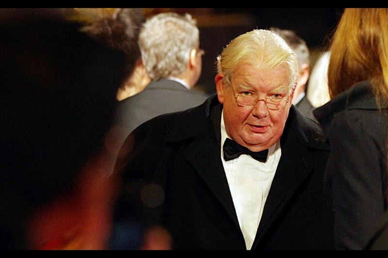 Richard Griffiths played the vile Uncle Vernon Dursley in the Harry Potter saga. He might owe me five dollars, but given he kept his adopted ward under a set of stairs for much of his formative years, I might let it go.