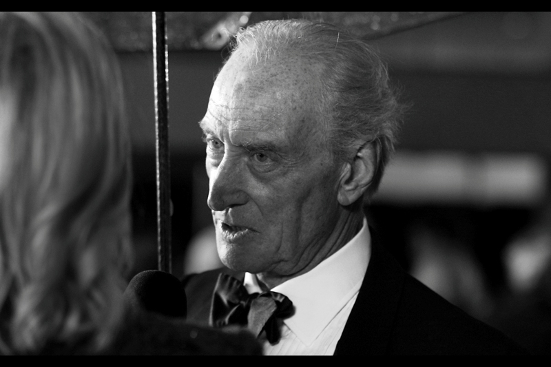 """What about I ask YOU some questions?"" Charles Dance is pretty awesome... in a scary/cool way."