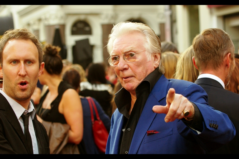 """This guy? I DO owe him 5 dollars""  Along with (1) the TV show, and (2) Ray Winstone in generally, (3) the third alleged pillar of 'Iconic' at this premiere was the voice of this man : Alan Ford. His career goes back to the 1970s, though he was in Guy Ritchie's LockStock, so I might have to rewatch that."