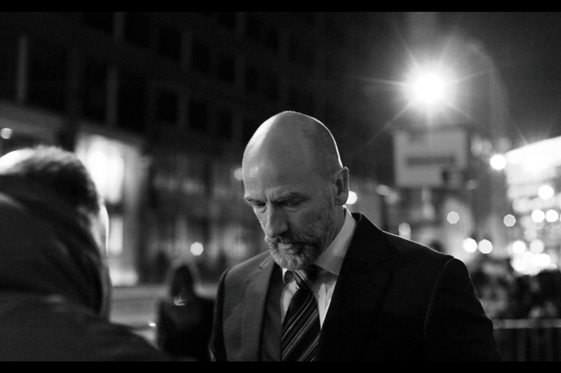 Hold pose. Look awesome. It really is that simple. (I think the actor's name is Graham McTavish)