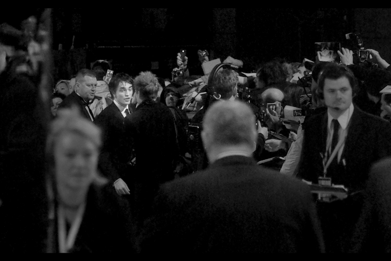 AMMMMMAAAAAGAAAAAAAHHHHHHHHHDDDDD!!!!!!!!   It's almost the entirety of the face of Robert Pattinson. Honestly, I haven't seen 'Twilight' but I thought the first book was not particularly great. I have nothing bad to say about his performance as Cedric Diggory in Harry Potter and the Goblet of Fire, though…