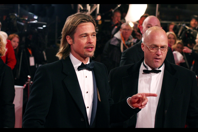 Brad Pitt's index finger is awesome. Don't take my word for it – check out the captivated face of the security dude!