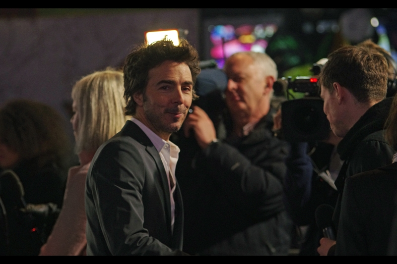 "Shawn Levy also directed the Hugh Jackman boxing movie ""Real Steel"" which I actually, honestly, think is a brilliant movie. How much so? Let's just say that when Mr Levy came to sign autographs in our area, I put down my camera and also got an autograph."