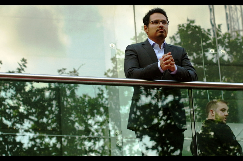 From his balcony perch, Michael Pena dispenses wisdom, charm, charity, hatred of jokes about immigr-ANTS...and the desire for Paul Rudd's white square-bottom tie.