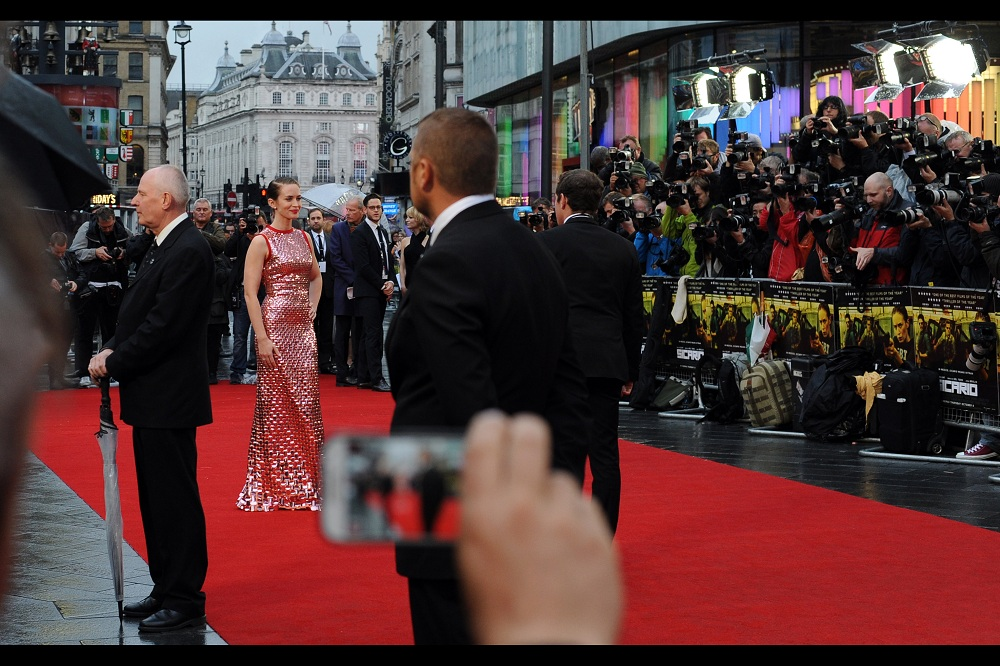 Emily Blunt is fairly awesome at the best of times.... and now she has an awesome dress on and looks even more awesome, and I'm using the word 'awesome' a hell of a lot more than somebody whose baseball cap isn't on backwards.
