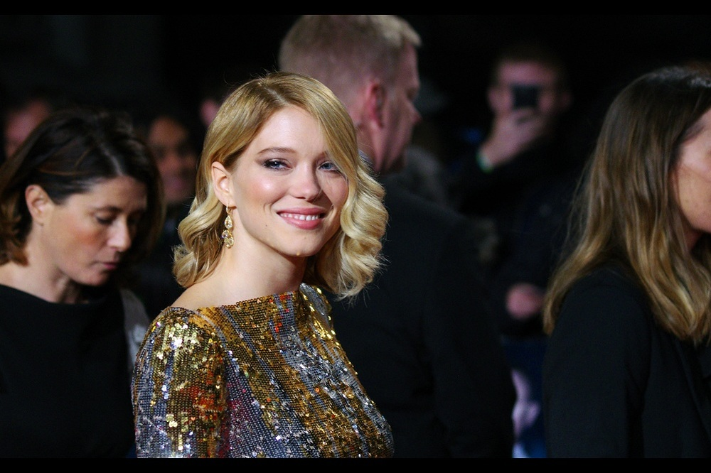 The dress could blind a moose at 300metres... but Lea Seydoux's smile has a couple hundred watts to it as well. (My eyes aren't capable of actually looking at Lea Seydoux's dress for more than a fraction of a second before my brain starts to look for the magic eye image embedded in it somewhere)