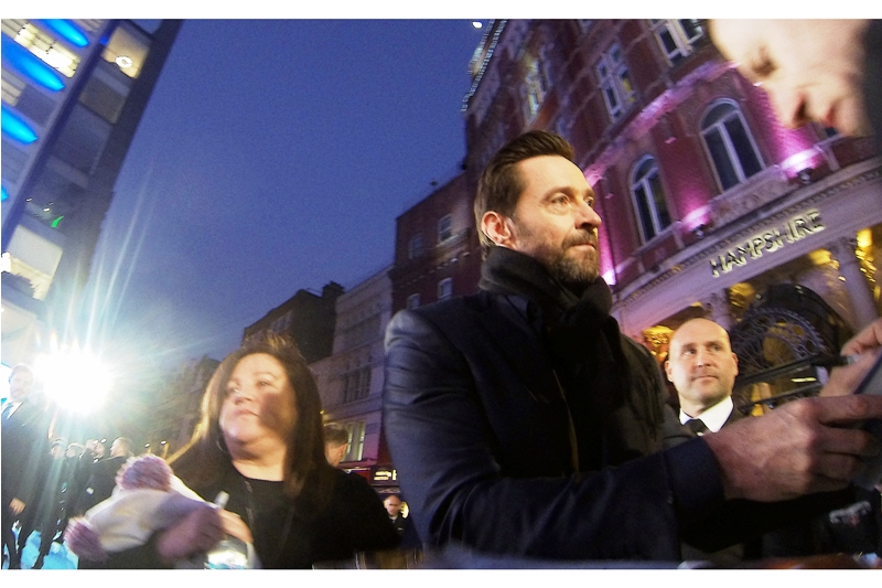 """G'day, mostly ladies here to see Not Me""  Hugh Jackman has indeed returned to sign autographs, and it seems his Aussie charms have even won over the crowd of people still waiting for the Main Drawcard (?) to arrive."