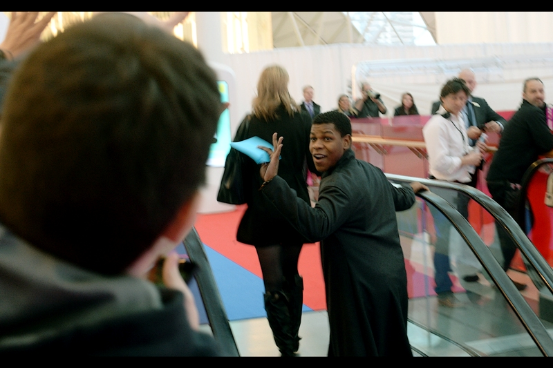 Another random attendee, also from the world of Disney's Star Wars live action toy commercials : John Boyega has arrived.