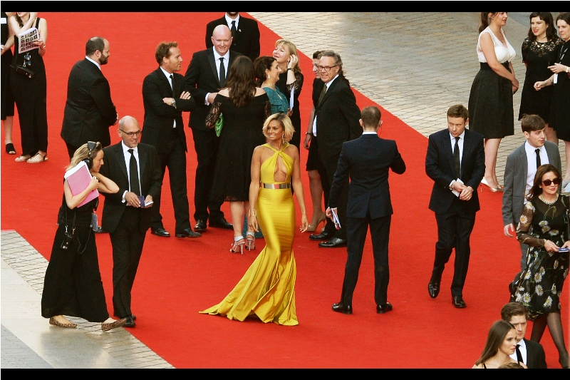 """Honestly, I wanted to blend right in at this event, and catch nobody's attention whatsoever....""  - Aleesha Dixon's dress (and the person wearing Aleesha Dixon's dress) certainly provides new lower readings for subtlety. In a good way, though."