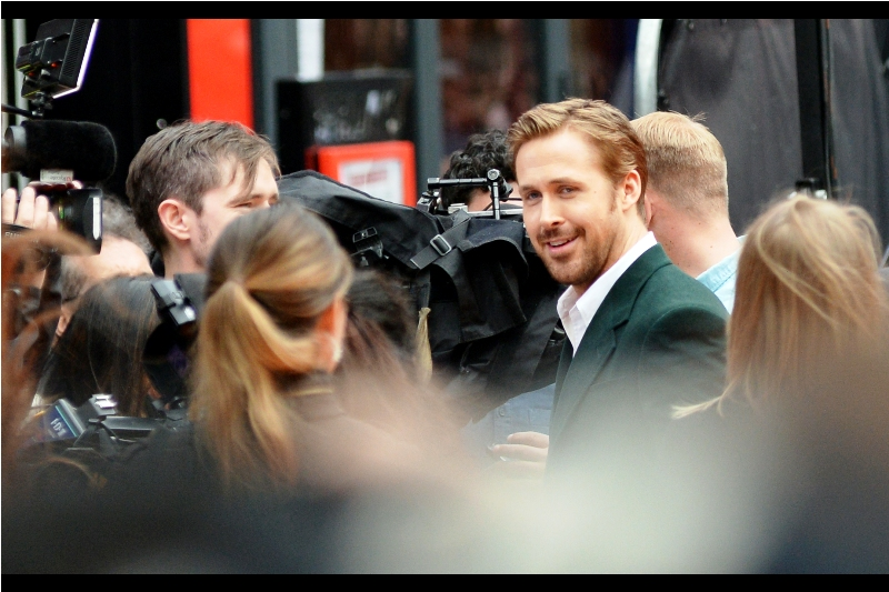 """Suddenly, ever person's HAIR in front of me starts to grow, and old ladies with no idea how an iPad works start holding them up arbitrarily in front of me and on the carpet. Oh, and Ryan Gosling has arrived. He's so Dreamy (I never watched The Notebook, but I did enjoy """"Drive"""")"""