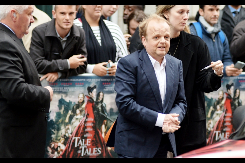 Incredibly, this premiere will pay host to not one but THREE Harry Potter Movies alumni : this is the second, Toby Jones, who provided the voice of Dobby The House Elf across numerous episodes of the series.