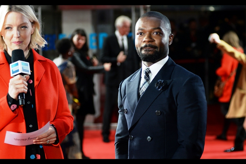 """His surname's pronounced 'o- YELLOW -o' but I'm going to try to annoy him by pronouncing his first name 'duv-EETH' and see what happens!""  I've only photographed David Oyelowo once before -  at the premiere of Christopher Nolan's ""Interstellar"" , but I've since seen the movie ""Selma"" which was excellent and he was excellent in it."