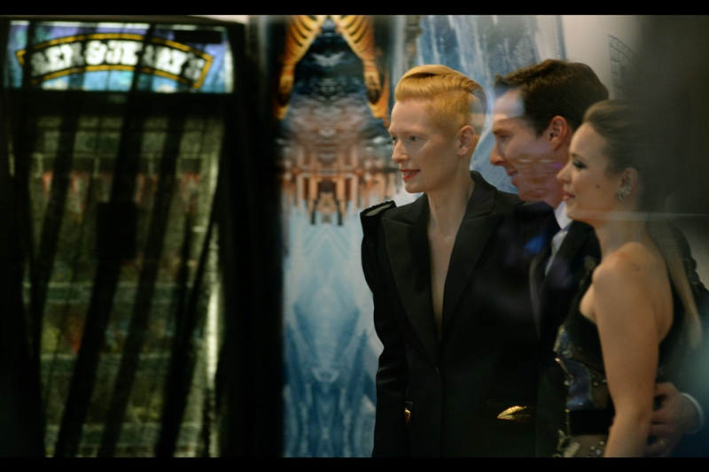 """You know what i could really go for right now?"" ""Ice cream?"" ""How did you guess??"" - Tilda Swinton has arrived, and not only do I think she's a phenomenal actress, but her hair is such an odd colour that it's actually *helping* the camera expose colour properly through the glass!"