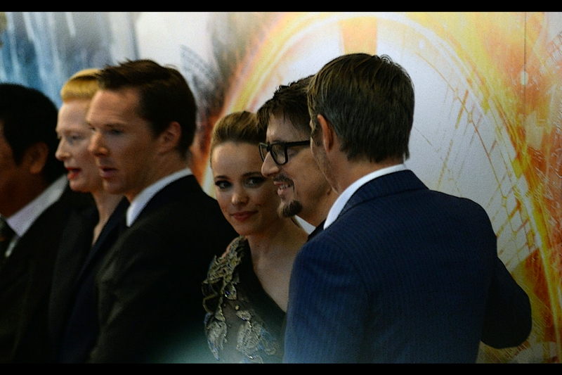 Rachel McAdams pretty, and that other dude slightly less blurry (edited to reiterate : he's Scott Derrickson, the director)