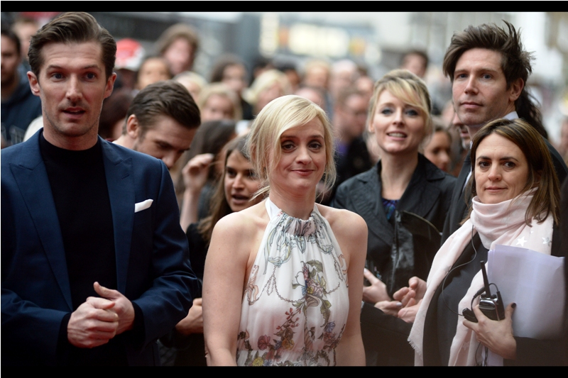 Weirdest family portrait ever. (Centre : actress Anne-Marie Duff).