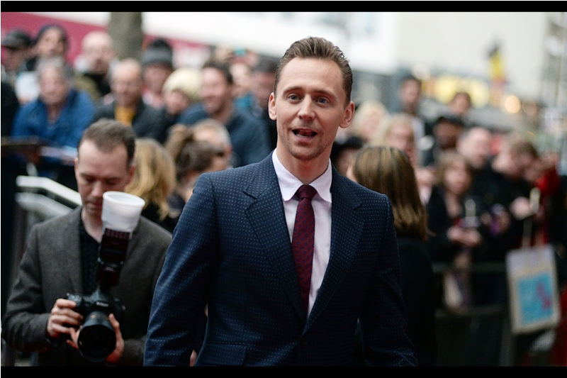 "Guy in Background :  ""If I screw up these settings, my Wife, Daughter and Mum will never speak to me again..."" -  Tom Hiddleston ended up winning Awards for both The Night Manager and ""Empire Hero"" on the evening."