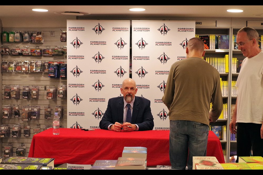 If you'd asked me before today which living author I'd most want to photograph and get an autograph from, it would have been Neal Stephenson. As soon as I saw Barnes&Noble in the USA let you order a signed copy of his latest book months ago and have it shipped worldwide, I placed an order. That was... uh.... before I knew he was coming to London. And the book still hasn't arrived. (oops!)