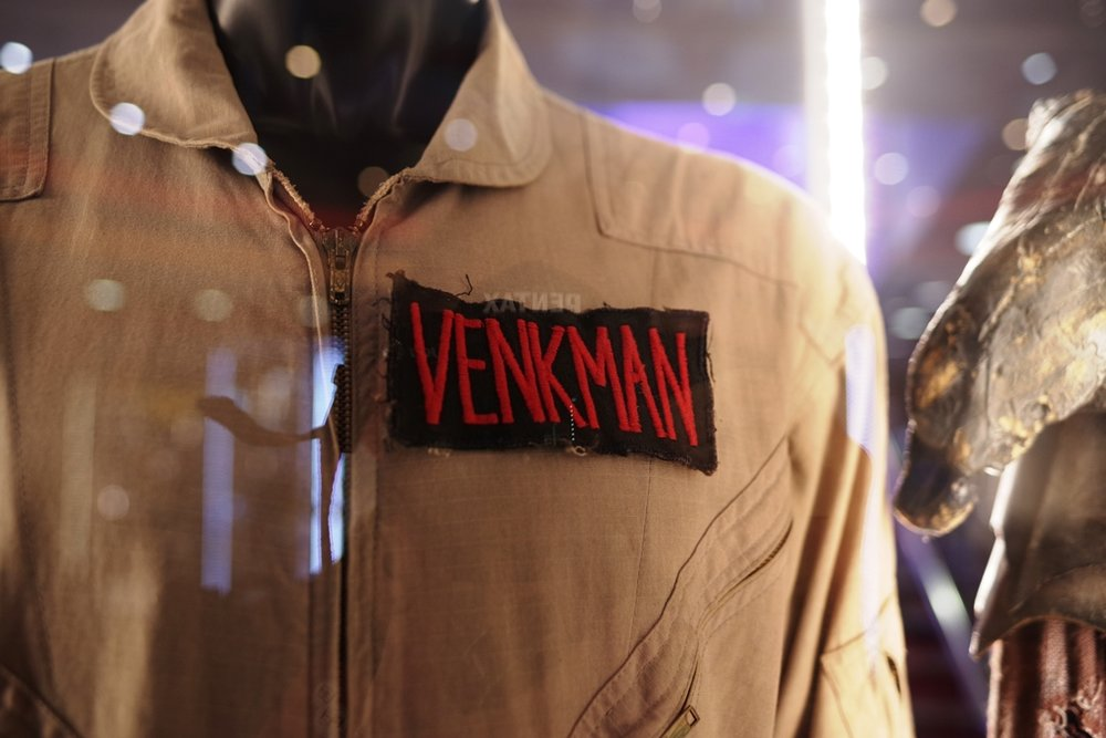 WOW : Peter Venkman's (Bill Murray's) Ghostbusting suit from the original movie! (Proton pack sadly not included) (Winning bid for the Robocop Suit: £35,500, for the Judge Dredd Bike :£16,000 )