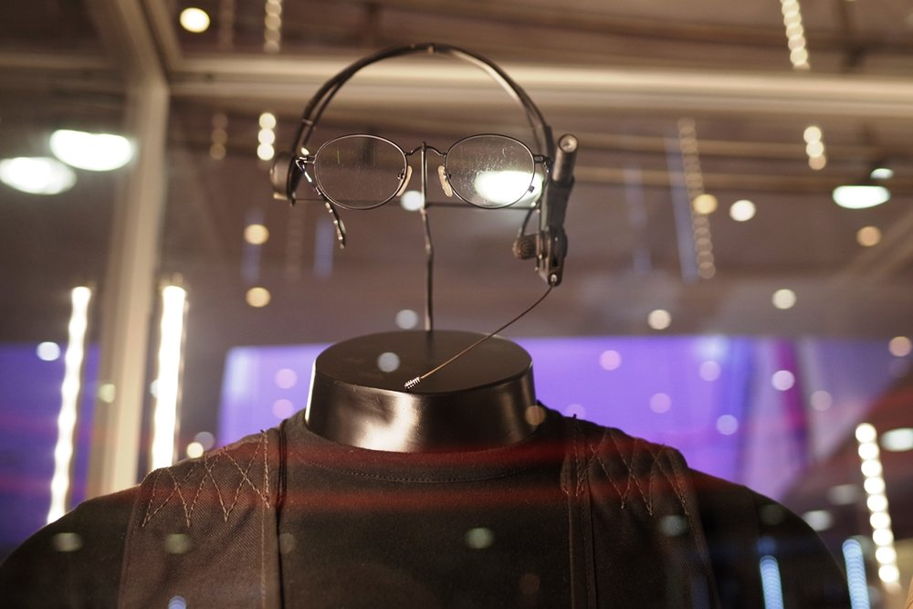 Headpiece and glasses (and, further below full costume) from the scene in the first Mission Impossible movie where Tom Cruise descends into the Quiet Room at the CIA HQ. (the prop chewing gum used to - spoiler - blow up a helicopter in that movie was also for sale) (Winning bid for the Ghostbusters Suit: £25,500)