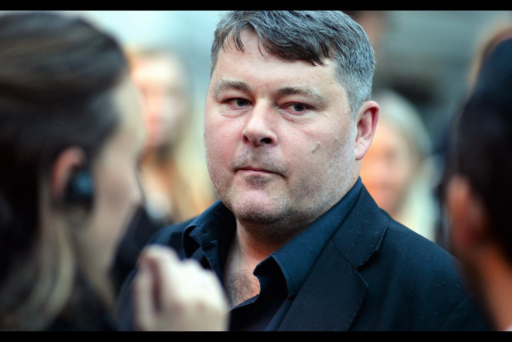 """Wait... NOW you're telling me you preferred the scraggly hair and stubble??""   It took me a while to recognise   'High-Rise'   and   'Free Fire'   director Ben Wheatley without his familiar stubble and non-flowing hair. Actually... I guess it's also possible that this is not Ben Wheatley."