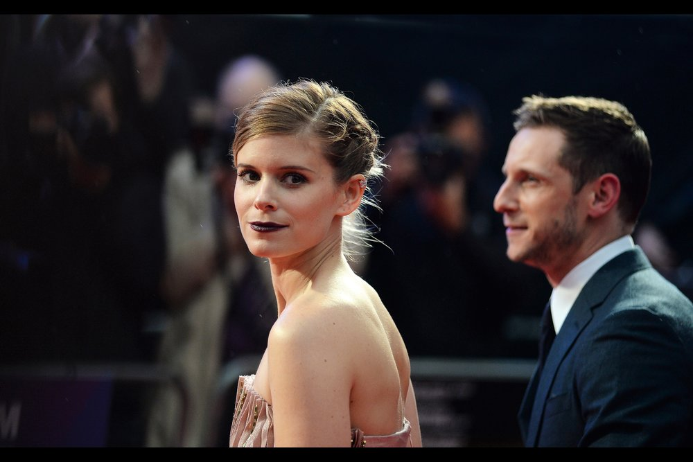 "Kate Mara and I share a moment - the second one in two premieres I've photographed her (the prior premiere being 2015's ""The Martian"" which I've got playing in parallel while I'm doing this journal)"