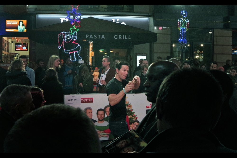 Meanwhile, Mark Wahlberg sashayed down the Knitted Christmas Sweater Carpet, offending nobody (though sorely disappointing dealers for whom he would not keep his promise and return to sign autographs) (but since those dealers are set to start an internal and unstoppable riot when Mel Gibson comes over in about 6,5,4,3,2,1 seconds from now, my sympathy for them is limited)