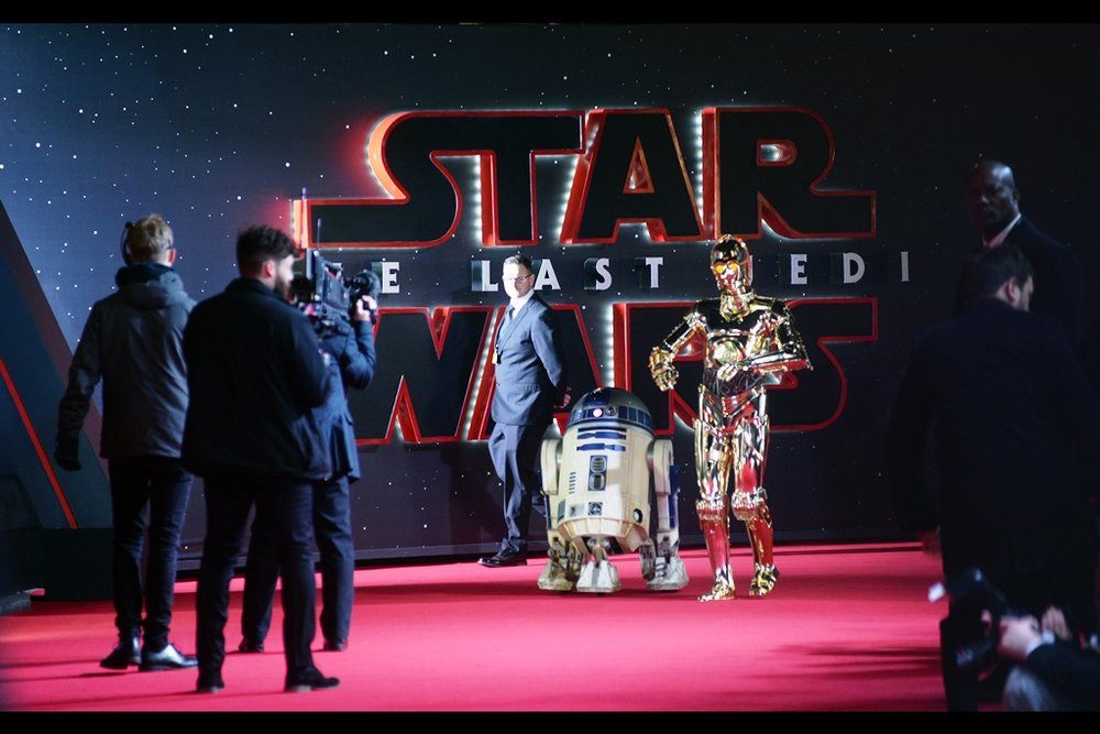"""Artoo says the odds of this movie grossing less than Justic League globally is over 1138 to 1 against.""  Disney will personally pay people to buy tickets to make sure that doesn't happen, but let's be honest they won't have to."