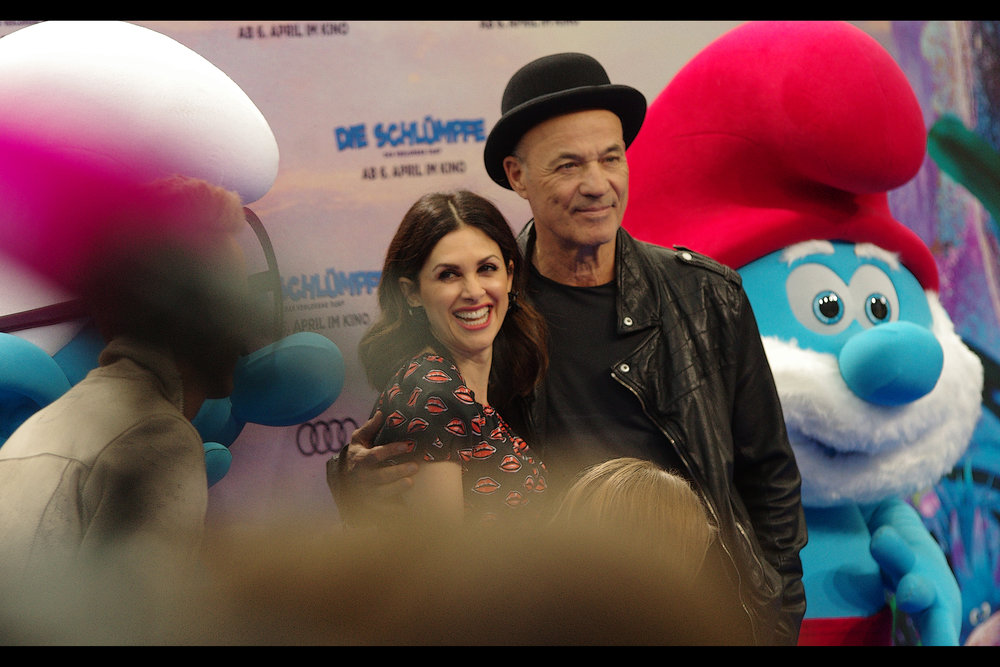 "April 2nd : I'm in Germany and there's a Surprise    ""Smurfs : The Lost Village""    premiere (with German voice cast!)"