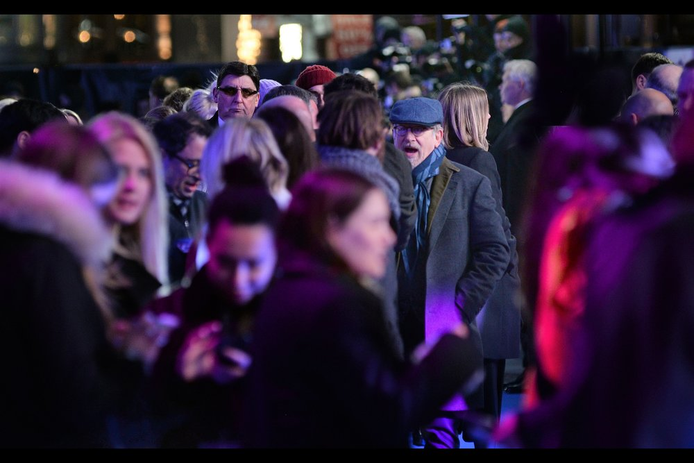 """So many fans - all shouting for my autograph?""  actually, by volume, weight (and unpleasantness) the majority of the noise came from autograph dealer scum, who wanted director Steven Spielberg's autograph just as much - maybe more so - than many true fans."
