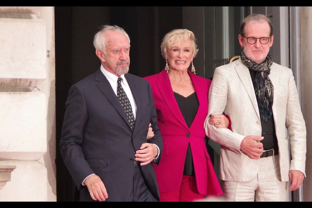 """We're thinking of starting a rap supergroup. Anyone gonna stop us?""  Jonathan Pryce, Glenn Close, Björn Runge"